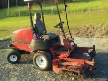 Toro 4wd out front mower Great Lakes Area Preview