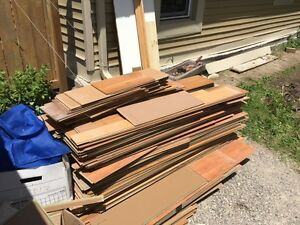 Free used laminate good to do bedroom or maybe living room