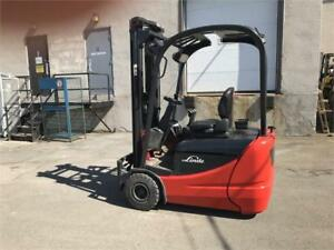 forklift 3 roues Linde 3000 Lbs Chariot elevateur 2008
