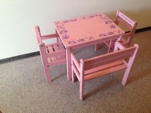 CHILDREN'S PINK AND PURPLE WOODEN FLORAL 4 PIECE TABLE SET