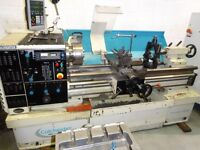 COLCHESTER TRIUMPH VS2500 GAP BED CENTRE LATHE DRO YEAR 2004 VERY NICE BED WAYS