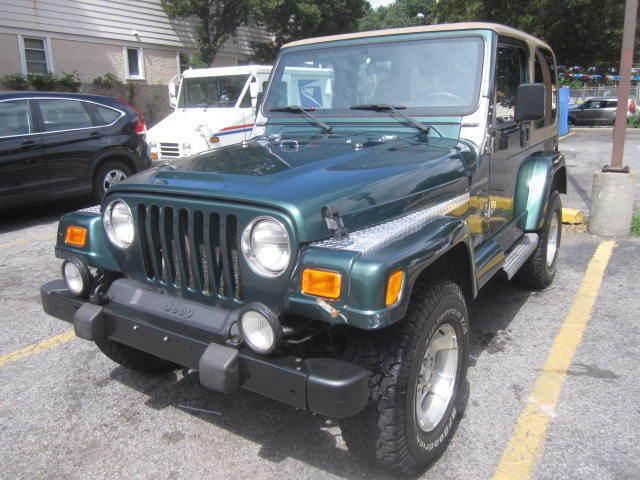 Image 1 of 2000 Jeep Wrangler Green…