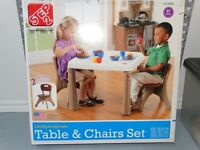 Step 2 LifeStyle Kitchen Table & Chairs Set