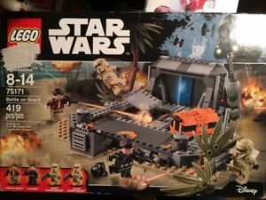 LEGO Star Wars TM Battle on Scarif (75171)