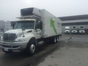 2016 International 4400 6x4, Used Reefer Van