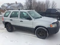 2004 Ford Escape V6 For Parts