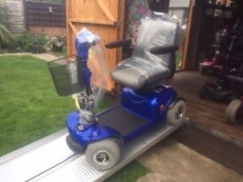 Medium Any Terrain Days Blue Mobility Scooter 18St Capacity Fully Adjustable Was £2800 Now Only £340