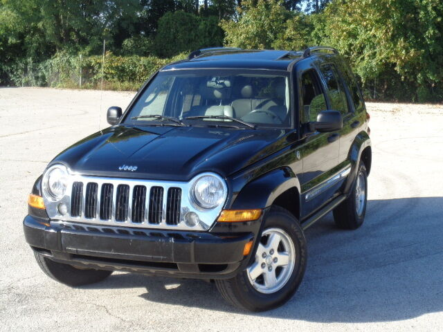Image 1 of 2005 Jeep Liberty Limited…