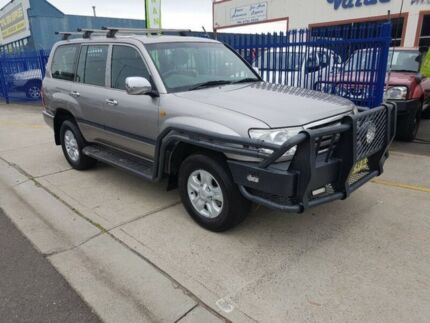 2006 Toyota Landcruiser HDJ100R Upgrade II GXL (4x4) 5 Speed Automatic Wagon Dandenong Greater Dandenong Preview