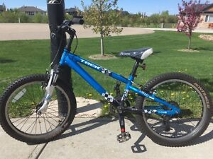 Trek MT 60 Youth / Kids Mountain Bike