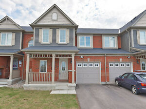 Gorgeous New 3 Bed 3 Bath Upgraded Townhouse - Milton