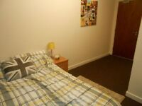 1 bedroom flat in BD1 en suite room - Bills inc - Furnished - Call Now