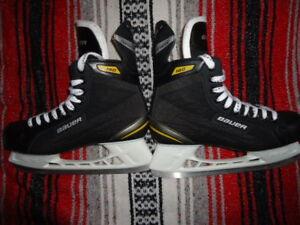 Skates-Bauer Supreme 140 Sr. 11R. Shoe 12.5 Used once