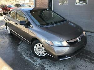 HONDA CIVIC DX 2009 MAN / CD PLAYER / PNEUS D'HIVER !!