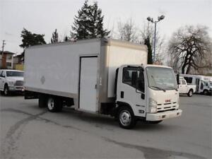 2009 GMC W5500 20 FT BOX DIESEL