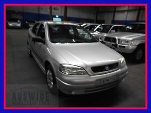 2000 Holden Astra TS City Silver 5 Speed Manual Hatchback Villawood Bankstown Area Preview