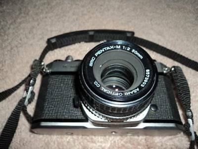 Asahi Pentax K1000 35mm Camera with SMC Pentax-m 1:2 50mm Lens incl Camera Case