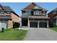 4 LRG BEDS, 3 LARGE BATHS UP & SOUTH BARRIE,Walk to SCHOOL &PARK