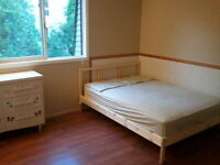 MOVE-IN TODAY!!..BIG FURNISHED ROOMS (INCLUSIVE)..GREAT LOCATION