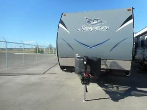 LETS GO CAMPING IN THIS 2016 OCTANE 273 TOYHAULER