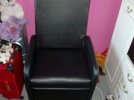 black pc chair 2 foot square extended leg room 1 year old perfect condition £50