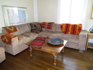 L-Shaped Couches with Ottoman