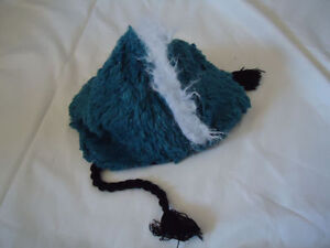 Hatley Monster Toque Size 6 Years! Kingston Kingston Area image 2