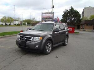 2009 Ford Escape XLT ***Fully Loaded & 4WD***