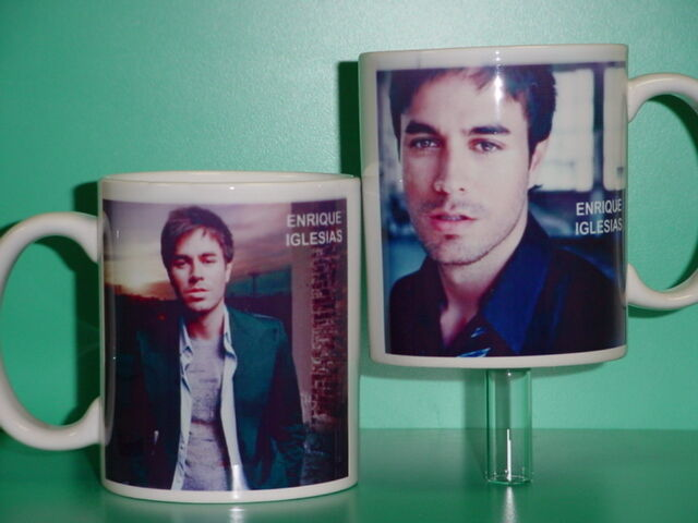 ENRIQUE IGLESIAS - with 2 Photos - Designer Collectible GIFT Mug