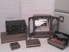 Musical Jewellery Box + 6 Table Top Jewellery Boxes - Heathrow