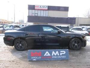 2013 Dodge Charger 3.6L RWD CLEAN!!! RIMS!