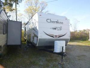 2010 Cherokee 30L