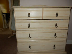 Stunning Shabby Chic Solid Wood Chest Drawers