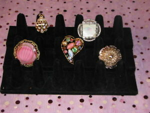 5 Vintage Brooches