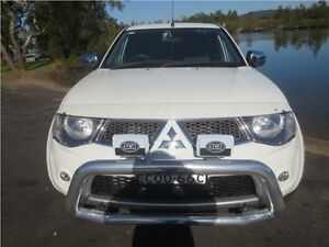 2013 Mitsubishi Triton MN MY13 GLX-R Double Cab White 5 Speed Manual Utility Cardiff Lake Macquarie Area Preview