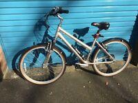 """Ridgeback K4 Ladies Mountain Bike 17"""" As New"""