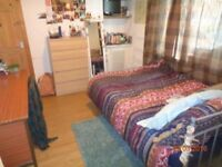 Double Bed to Rent in Cathays