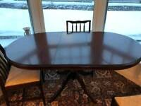 Lovely Dining table and 4 chairs - STAG