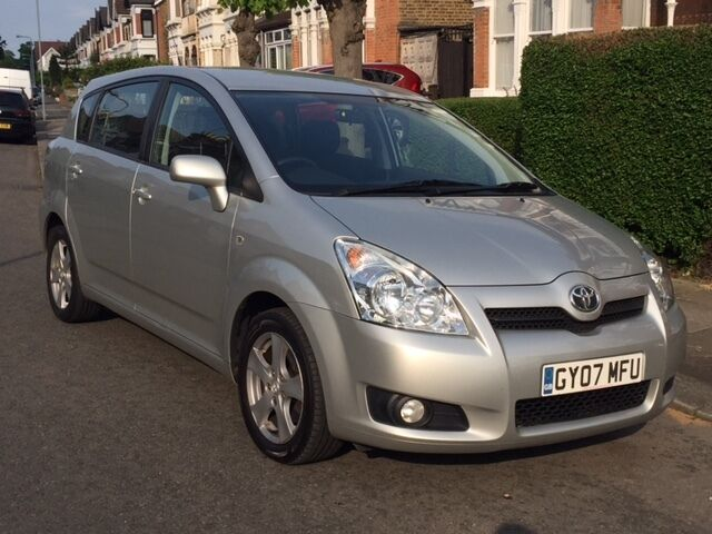 2007 toyota corolla verso 1 8 automatic silver 7 seater. Black Bedroom Furniture Sets. Home Design Ideas