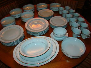 Noritake Japan 12 Place Setting