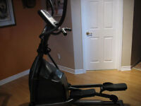 High-end Horizon Elliptical Fitness Trainer (Electric / Manual)