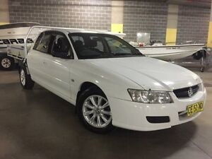 2006 Holden Crewman White Automatic Dual Cab Campbelltown Campbelltown Area Preview