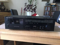 Harman/ kardon TD212 cassette deck for sale!!!!! Good, used, working condition!!!!