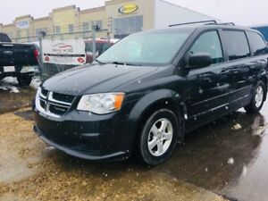 2011 Dodge Grand Caravan SXT, DVD, BACKUP CAM, CLEAN CARPROOF, A