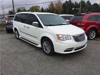 2011 CHRYSLER TOWN AND COUNTRY - FULLY LOADED