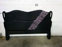 Pretty Double Bed: Head, Foot & Rails