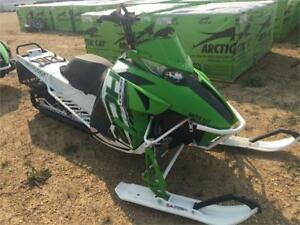 "REDUCED - 2015 Arctic Cat M8 HCR - 3"" Track - Lots of Extras"