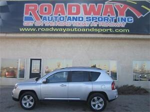 2014 Jeep Compass North 4X4 CLEAN LOW KM'S   PST Paid