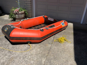 Zodiak inflatable 4-person dingy - can take up to 4hp