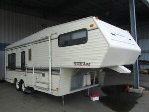 1990 25 FT TRAVELAIRE W250 5TH WHEEL